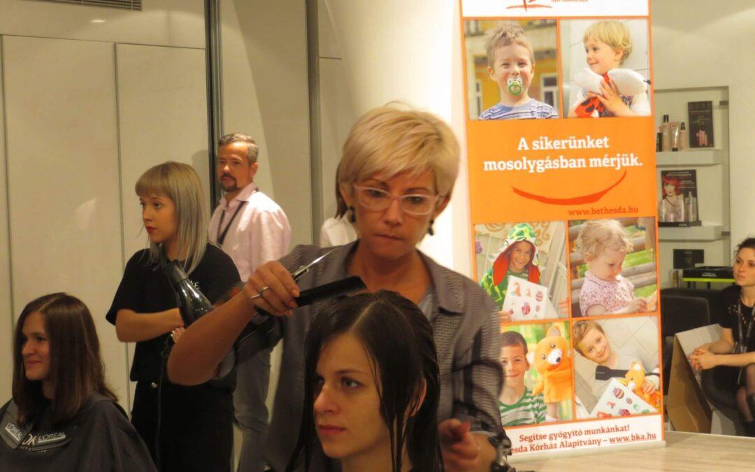 A L'OREAL a Bethesdáért vágott hajat